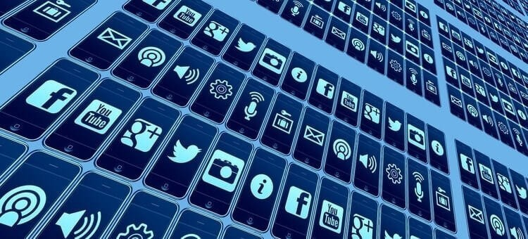 fortune 500 social media customer service